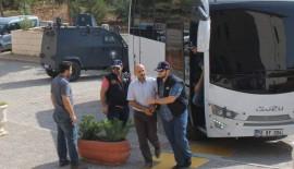 Siirt'te Gözaltına Alınan 8 Kişi Adliyeye Çıkarıldı