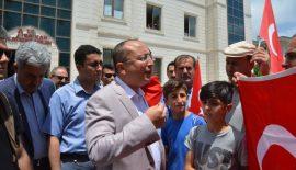 """Vali Ali Fuat Atik: """"Devlete Kalkan Ellerini Kırmasını Biliriz"""""""