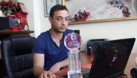 Siirtli Muhabir Ödülünü 15 Temmuz Şehitlerine Armağan Etti