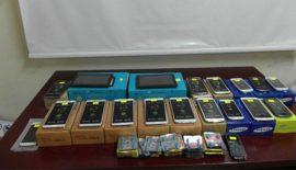 17 Adet Kaçak Cep Telefonu Yakalandı