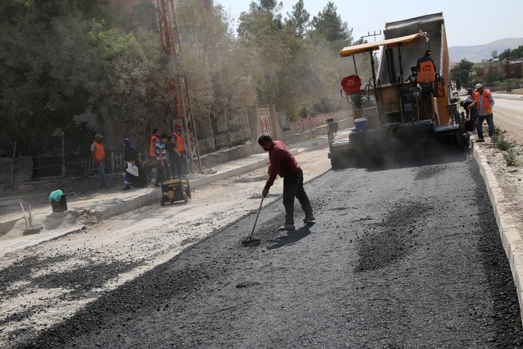 Siirt Belediyesi Asfalt Çalışmalarına Son Hız Devam Ediyor