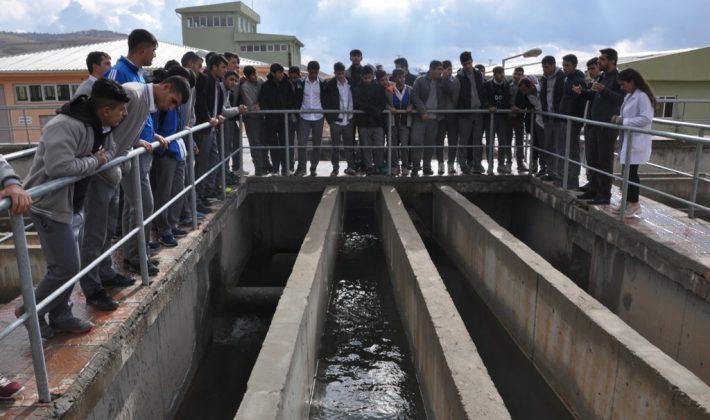 Öğrenciler Su Arıtma Tesisini Gezdi