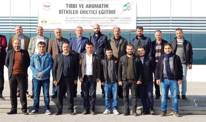"""Ziraat Fakültesi Tarafından """"Tıbbi ve Aromatik Bitkiler Üretici Eğitimi"""" Verildi"""