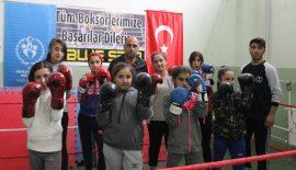 Dişi Boksörler Türkiye Şampiyonası'na Hazırlanıyor